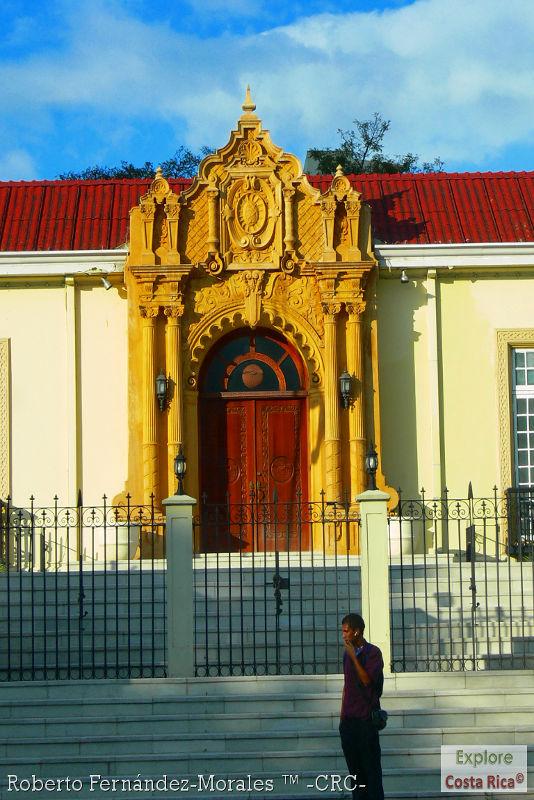 Resultado de imagen para Casa amarilla costa rica