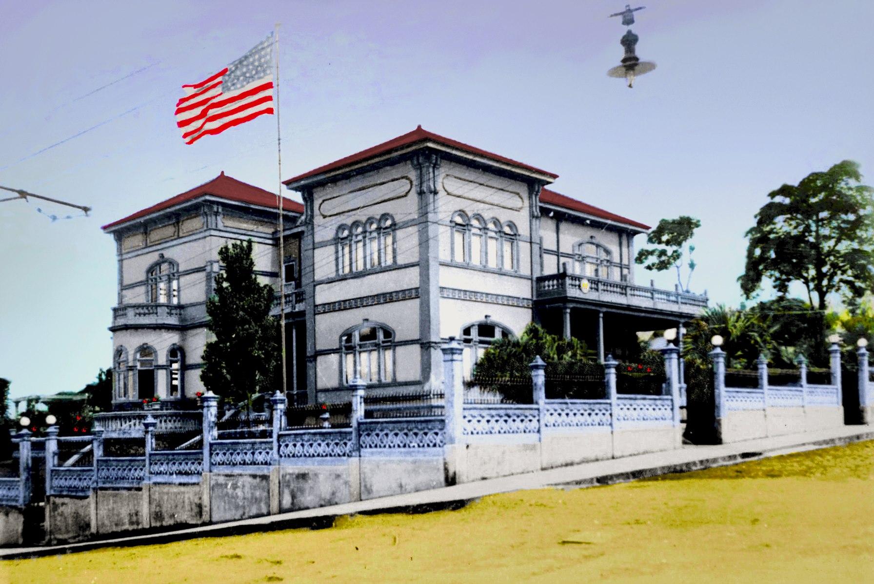 Castillo Azul, 1930