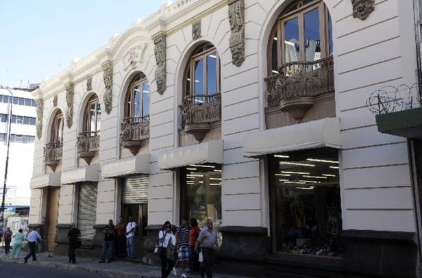 Edificio Macaya2