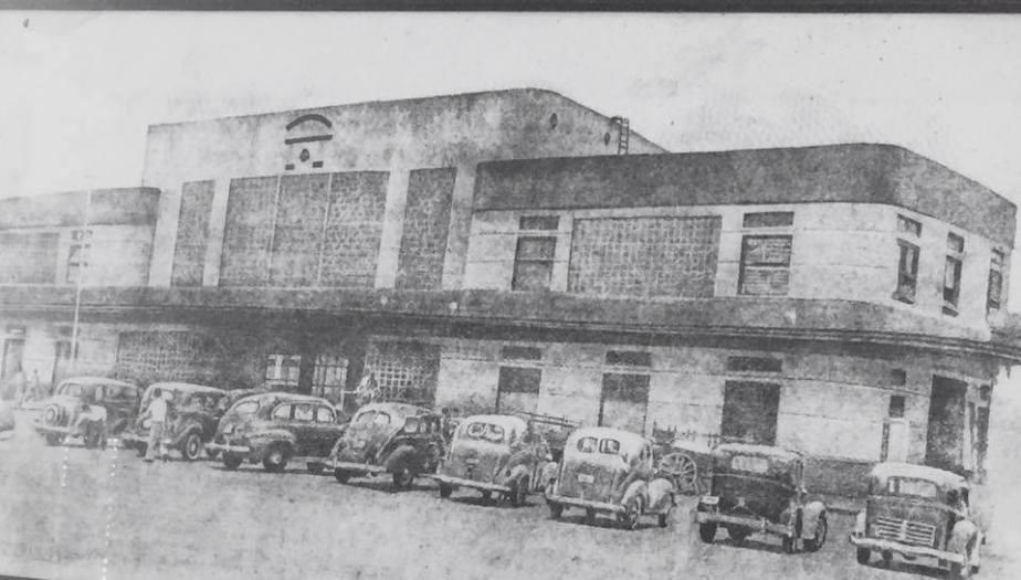 Estación de Ferrocarril Eléctrico al Pacífico, 1945