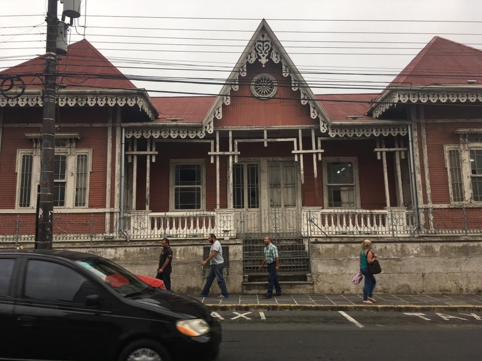 casa de expresidente en cartago