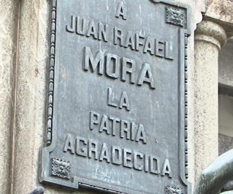 Placa en Pared del Edif. Correos CR