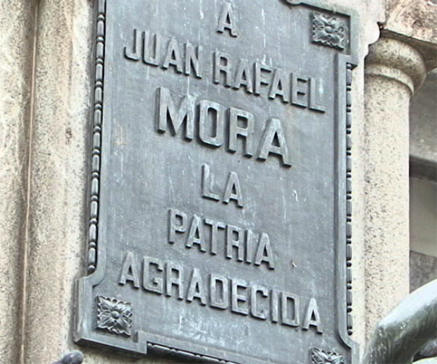 Placa en Pared del Edif. Correos CR