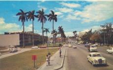 A la izquierda Hospital de Niños