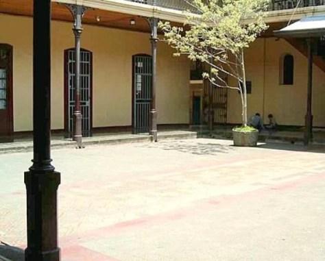 liceo Costa R