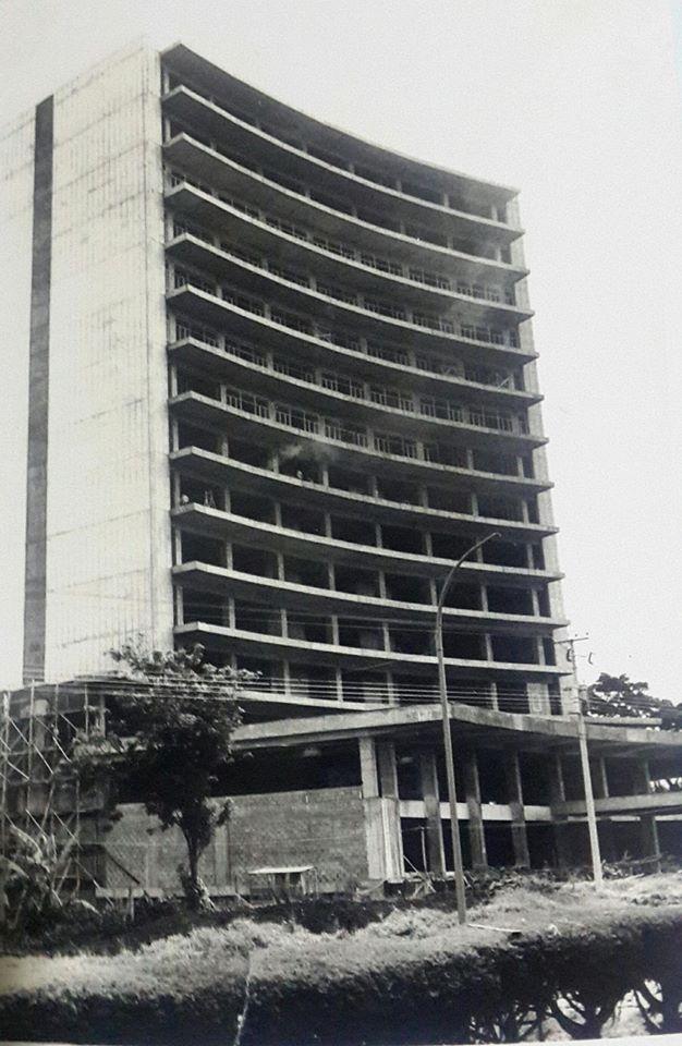 1970, Maureen Quesada, FACR y su H.