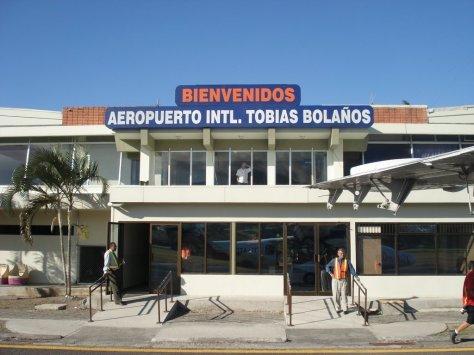 Aeropuerto-INTL.-Tobias-Bolaños