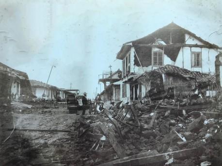 Rudd logra capturar la realidad del terremoto para una eternidad. Rudd, 1910