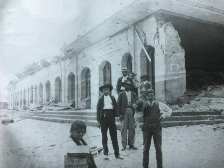 Impresionante destrucción del hermoso edificio del Mercado Municipal. Rudd, 1910