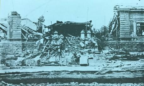 El Palacio de Justicia Centroamericana, que años después se convertiría en el Colegio de San Luis Gonzaga, quedó totalmente en ruinas. Rudd, 1910